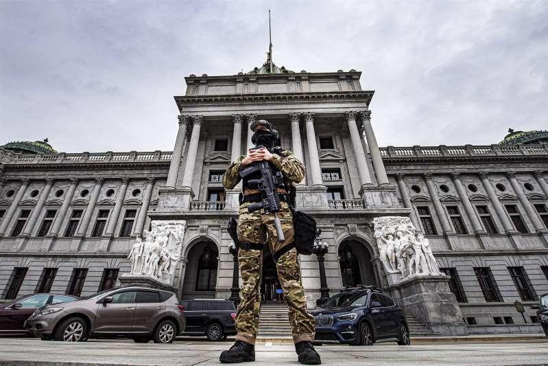 Los extremistas pro-Trump planean atacar de nuevo, pero no solo el Capitolio de Washington D.C.