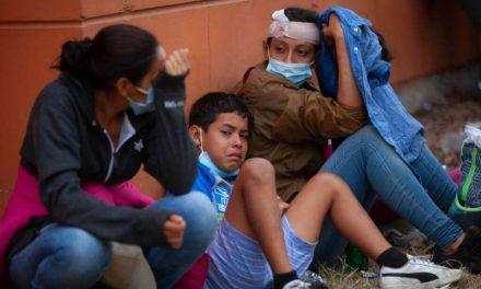 """La Administración Biden advierte a los migrantes hondureños que caminan rumbo a Estados Unidos: """"Ahora no es el momento"""""""