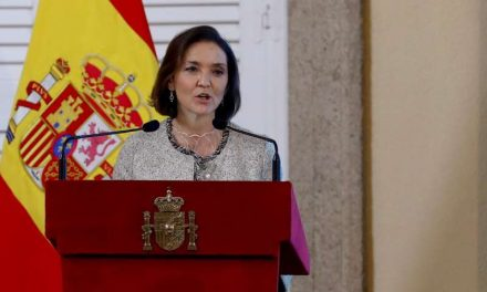 España apuesta por un certificado de vacunación para facilitar la movilidad