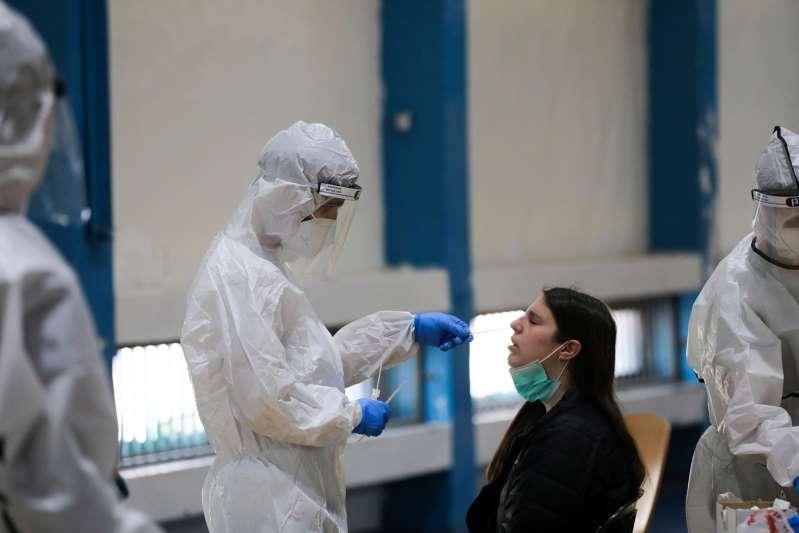 La morbilidad en Israel sigue disparada pese a vacunación con un nuevo récord