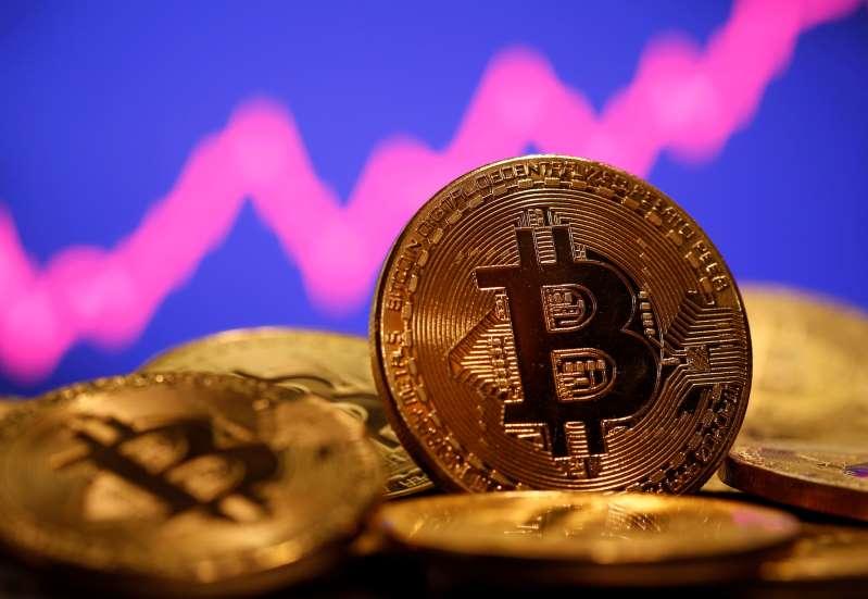 #Bitcoin supera a tecnológicas entre operaciones favoritas de fondos en enero: sondeo BofA