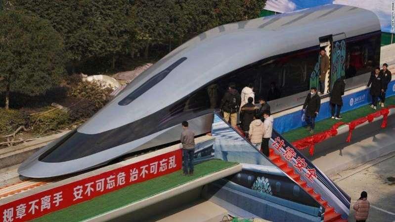 Así es el tren de levitación magnética chino que viajará a 800 km/h