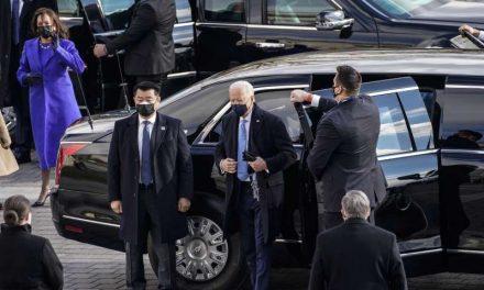 Joe Biden jura el cargo y se convierte en el presidente número 46 de EE.UU