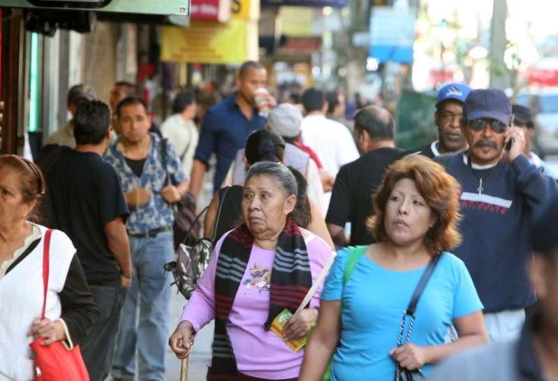Biden termina con política de Trump sobre el Censo: asegura que indocumentados sean contados