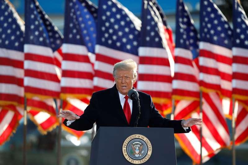 Pandemia asesta duro golpe a negocios de Trump. ¡Y ya no es Presidente!