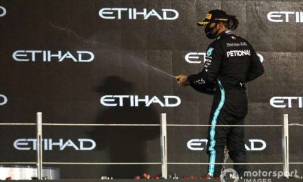 ¿Qué sucede con la renovación de Hamilton con Mercedes?