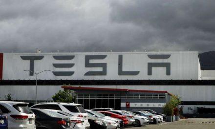 Ventas de Tesla aumentan, pero falla su objetivo de entrega