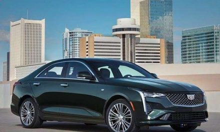 Cadillac desea atraer a gente joven con el CT4 2020