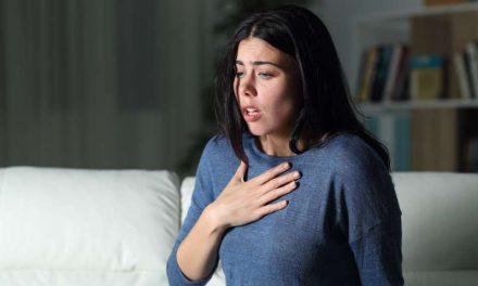 ¿Qué hacer si te falta el aire? Primeros auxilios en caso de covid-19 u otra enfermedad