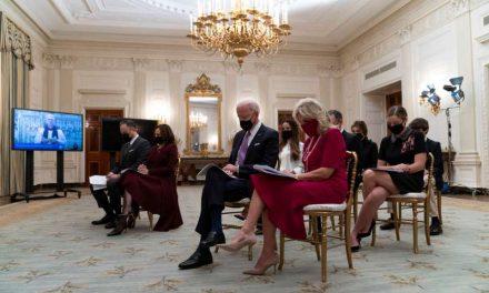 Una Casa Blanca muy distinta: mascarillas y sana distancia