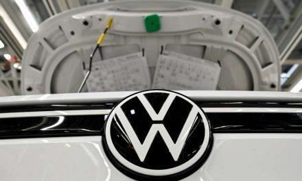 Ganancias de Volkswagen caen menos de lo esperado