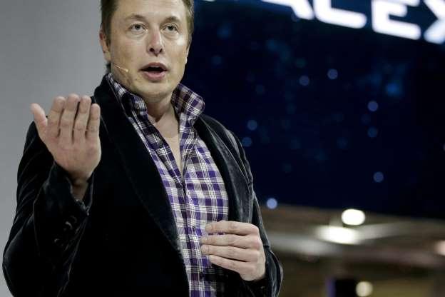 Vertiginosa subida de la cotización de Tesla: así se hace (aún más) rico Elon Musk