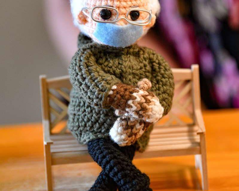 Muñeco de Bernie Sanders se vende por más de 20.000 dólares