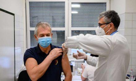 Hungría se desmarca de la UE y compra 5 millones de la vacuna china Sinopharm