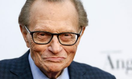 Muere por covid-19 el legendario presentador estadounidense Larry King