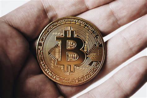 El precio de Dash se dispara un 100% y BCH repunta mientras el precio de #Bitcoin baja de los $40,000