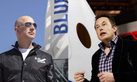 Musk y Bezos pelean por órbitas para sus flotas de satélites