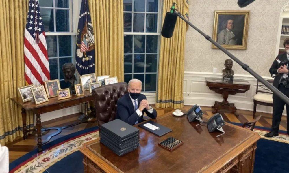 Es oficial: Joe Biden frena construcción de muro y protegerá a dreamers
