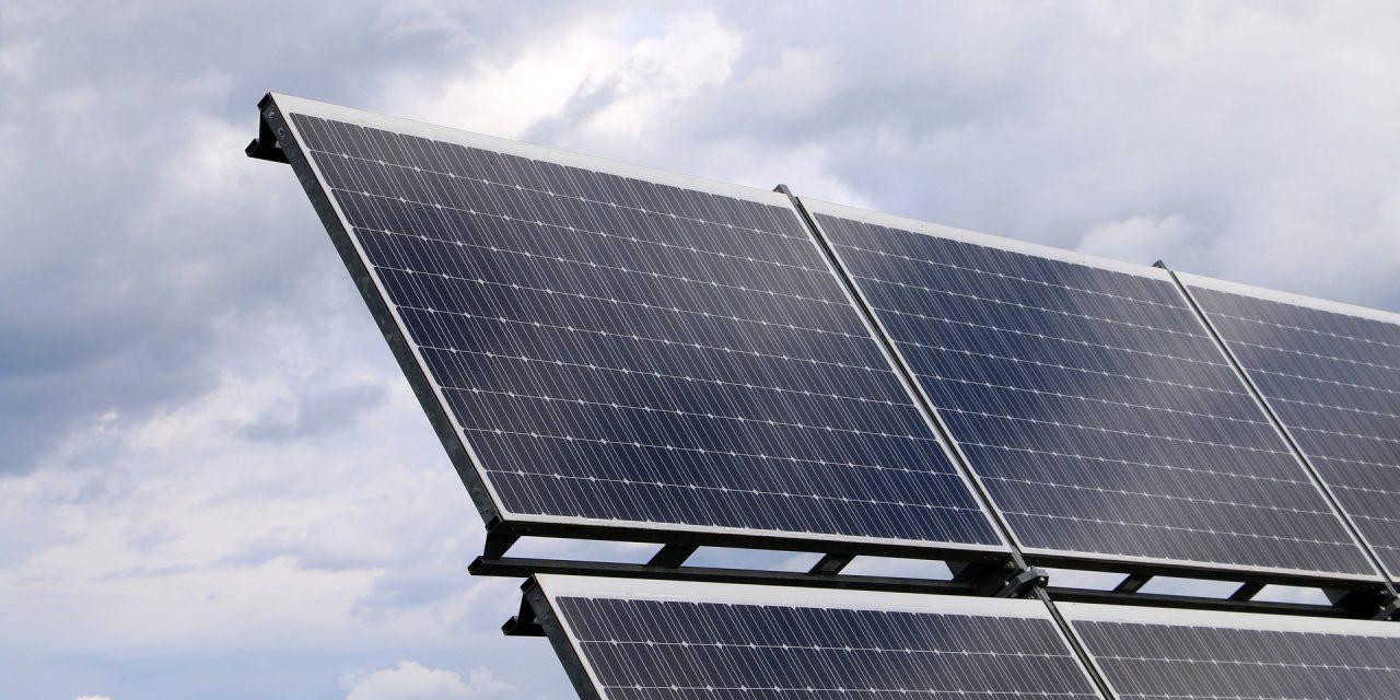 Iberdrola y Danone se unen para crear la mayor planta fotovoltaica de Europa