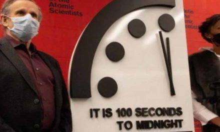Reloj del Apocalipsis: Científicos advierten que la humanidad está más cerca del fin del mundo