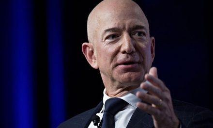 Amazon Founder Jeff Bezos to Step Down as CEO