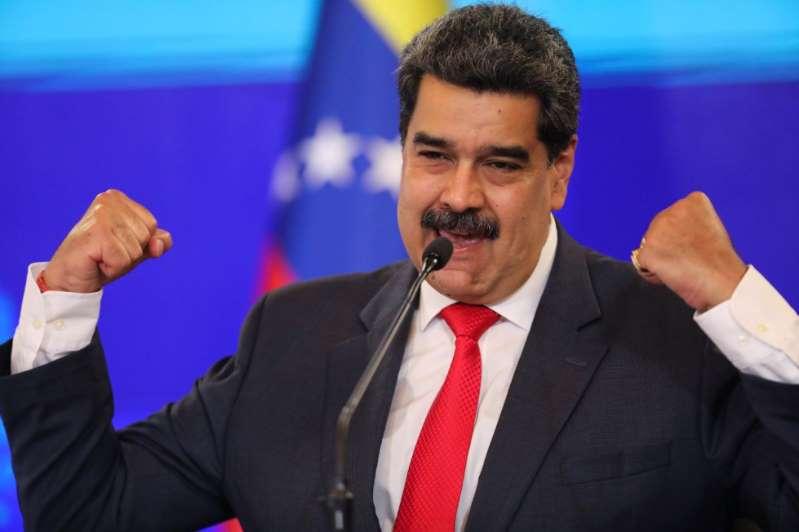 Nicolás Maduro quiere salvar a México. Propone suministrarle gas