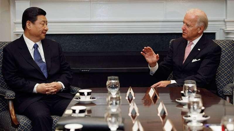 Joe Biden y Xi Jinping intercambian reproches en su primera llamada telefónica