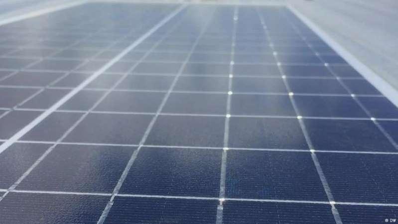 Bolivia inaugura la planta solar más alta del mundo