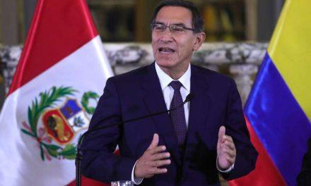 """El """"Vacunagate"""" exhibe el porqué del rechazo peruano a su clase política"""