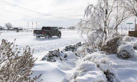 La ola de frío y un tornado golpean a Estados Unidos