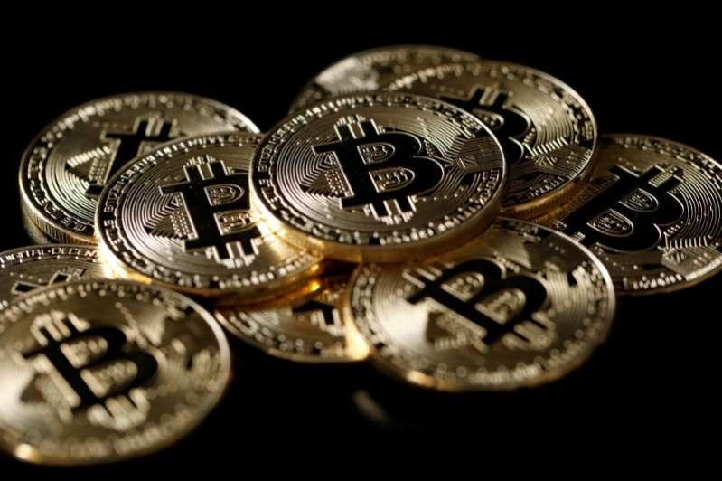 #Bitcoin se dispara sobre los 58.000 dólares