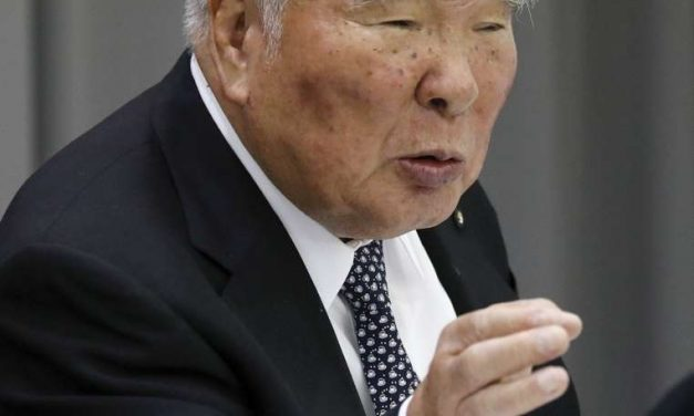 El presidente de Suzuki Motor se retira tras 40 años al frente de la empresa