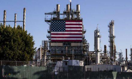 El petróleo de Texas sube un 2,6 %, hasta los 53,55 dólares el barril