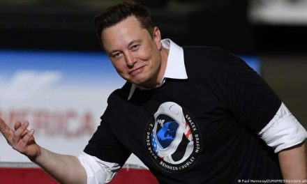 SpaceX puso en órbita decenas de satélites en un solo día