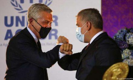 Aplaudida decisión de Colombia de regularizar venezolanos