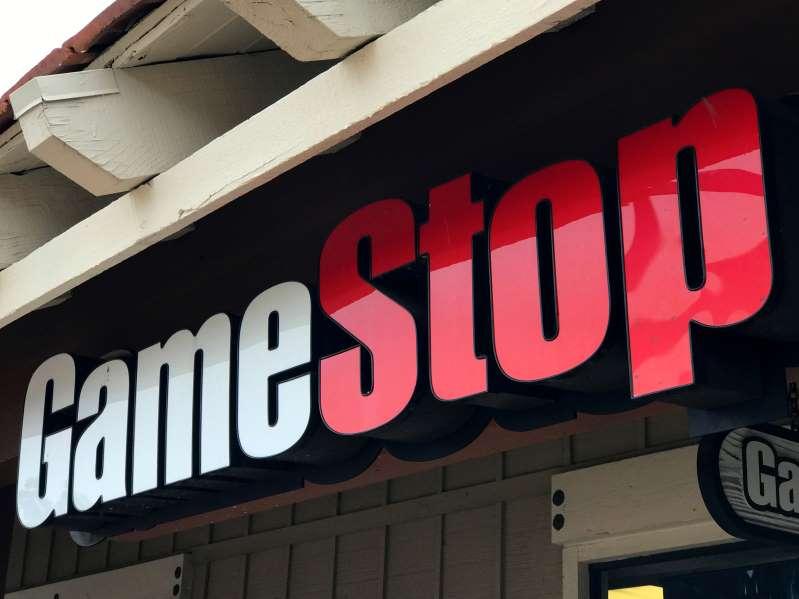 GameStop se desploma casi 20% mientras disminuye su aumento impulsado por comercio minorista