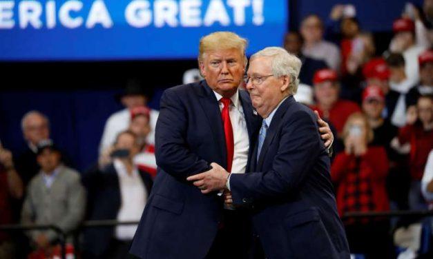 "Mitch McConnell afirma que apoyaría ""totalmente"" a Donald Trump como nominado en 2024"