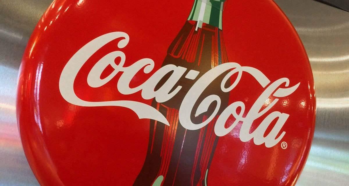 Pandemia causa fuerte caída en ventas de Coca-Cola