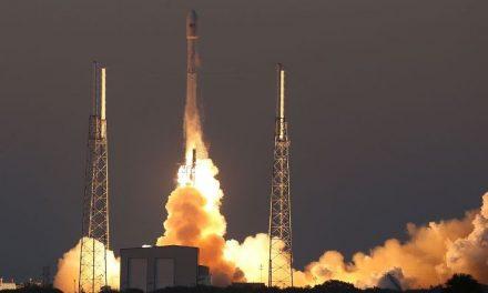 Elon Musk controla una cuarta parte de los satélites activos que orbitan la Tierra