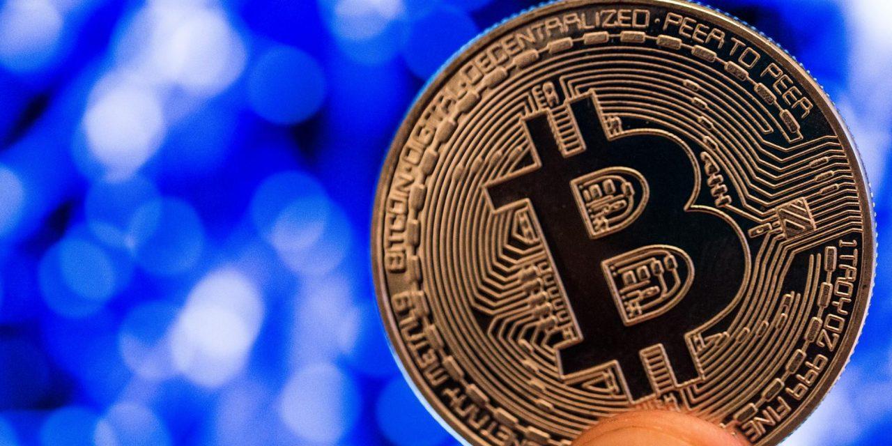 El valor de mercado de #Bitcoin supera el billón de dólares por primera vez en su historia