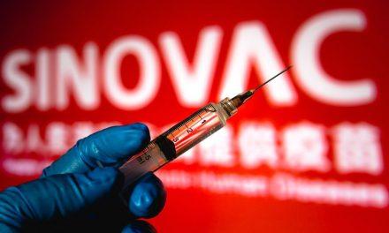 Brasil fabrica nueve millones de vacunas y recibe insumos para tres millones más