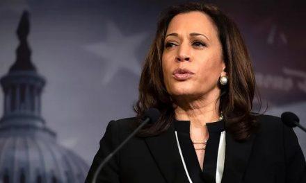 Kamala Harris da voto decisivo para aprobar el paquete de estímulo de COVID por 1.9 billones de dólares OLD