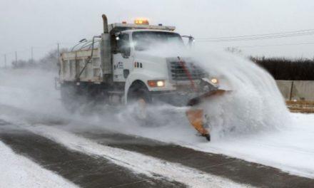 En Houston por la tormenta invernal se reportan apagones y carreteras peligrosas