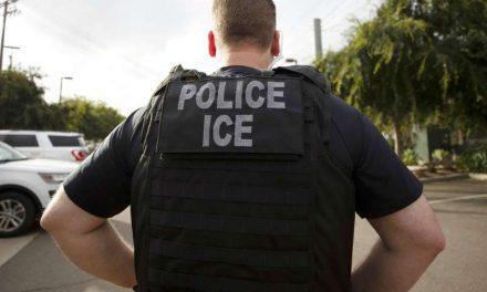 ICE utiliza una base de datos con millones de facturas de luz, agua o teléfono para rastrear a inmigrantes