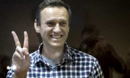 Estados Unidos y Europa sancionan a funcionarios de Rusia por Navalny