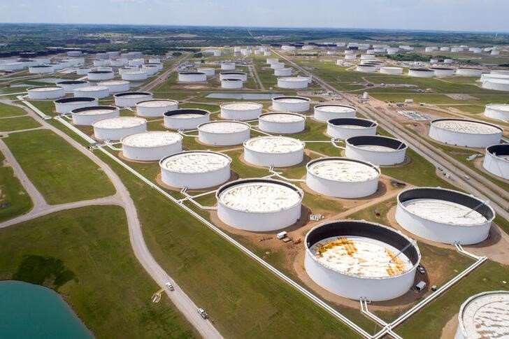 Inventarios de crudo en Estados Unidos suben en última semana
