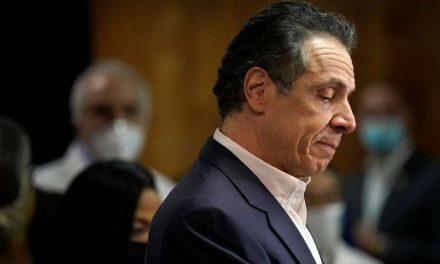 Colaboradora de Andrew Cuomo se suma a las acusaciones de acoso sexual contra el gobernador de Nueva York