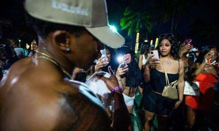 Miami Beach declara el estado de emergencia para evitar que continúen las aglomeraciones durante el 'spring break'