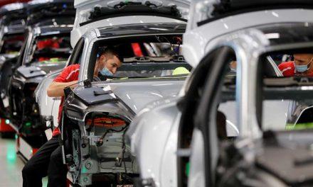 Porsche actualiza gratuitamente el software de primeros Taycan eléctricos