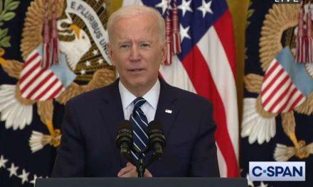 Biden sube la meta a 200 millones de vacunas contra COVID-19 durante sus primeros 100 días de gobierno